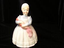 "Royal Doulton Figurine ""The Ragdoll"" Hn 2142"