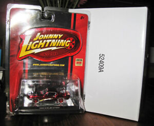 JL JOHNNY LIGHTNING TOYS R US EXCLUSIVE RED 1968 FORD SHELBY GT500 MUSTANG!