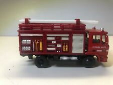 FIRE TRUCK 1/64  SCALE TILT CAB WITH REMOVABLE LADDER