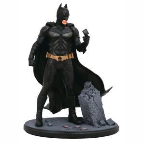 Batman The Dark Knight Batman PVC Diorama Statue NEW