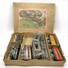 Vintage American Flyer Train Cast Iron Wind-up Engine tin cars complete track