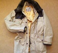 Country Coat  Classic Western Style quilted  Faux Fur detachable collar 40
