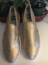 Cougar waterproof Leather Mettalic Gold Woman's  Tennis Shoe Size 6 Medium New