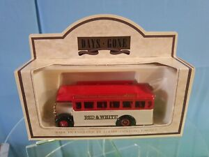 Lledo Days Gone. 1932 AEC Regal Single Deck Bus. RED & WHITE COACH 17019 Boxed