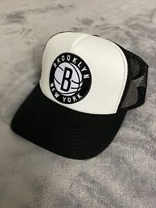 🏀 Brooklyn Nets Basketball Team Logo Snapback Trucker Mesh Hat Cap Black NEW 🏀