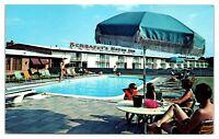 1950s/60s Schrafft's Restaurant and Motor Inn, Glenmont, NY Postcard