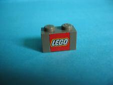 LEGO Stein bedruckt mit Logo 1x2 alt dunkelgrau