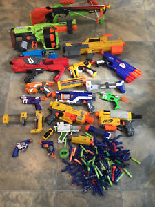 Huge Nerf gun bundle Doominator