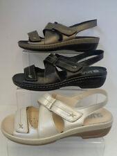 35 Sandali e scarpe casual con tacco basso (1,3-3,8 cm) per il mare da donna