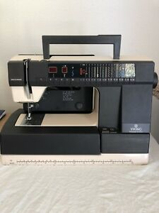 Viking Husqvarna 940 Electronic sewing machine, Very Clean! Great Condition
