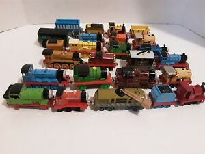 Lot Of 27 Thomas The Train & Friends Die Cast Magnetic Trains