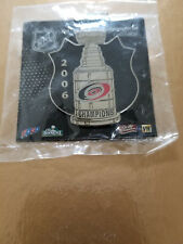 NHL STANLEY CUP CHAMPIONSHIP SHIELD PIN - CAROLINA HURRICANES - 2006.
