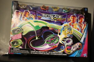 Beyblade Burst Rise Hypersphere Extreme Challenger Battle Set - New 2020 Edition