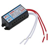 Entree AV 220V Sortie 12V 20W LED Transformateur electronique X5F2