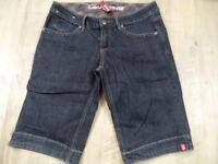 EDC by ESPRIT tolle dunkle Jeans Shorts FIVE Gr. 36 TOP  RJ917