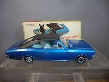 DINKY TOYS modèle No.179 Opel Commodore Coupé SALOON VN En parfait état, dans sa boîte