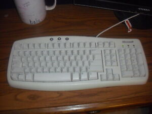 Microsoft Basic Keyboard 1.0A, Excellent Condition