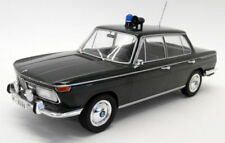 Voitures, camions et fourgons miniatures verts cars BMW