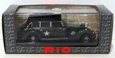 Voitures, camions et fourgons miniatures Rio pour Mercedes 1:43