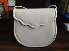 90's Vintage Yves Saint Laurent Design Whilte Shoulder Bag from Japan