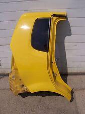 Daihatsu YRV M2 : Karosserieausschnitt: Seitenteil hinten rechts gelb Y07
