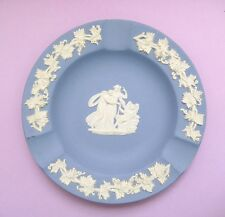 Vintage Wedgwood blue and white small decorative plate