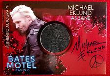 BATES MOTEL - MICHAEL EKLUND as Zane - Costume & Autograph Card - Breygent, CAME