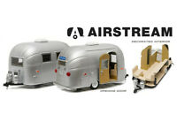 Airstream Sport Diecast Model Caravan in Silver (1:24 scale by Green Light Colle