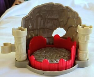 Fisher Price Little People Lil Kingdom Castle Dragon Lair cave for Robin Hood