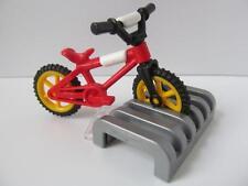 Playmobil niño tamaño Bicicleta & Rack Nuevo Dollshouse/Ciudad/Playground extras