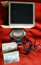 Bell & Howell movie light part number 39891 650 Watts 120 volts and 5.5 amps