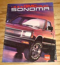 Original 1992 GMC Truck Sonoma Sales Brochure 92 Pickup