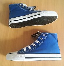 Brand New Boys Kids Shoes - Trainers - Sneekers - Blue - Size 4 UK