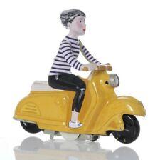 Scooter Girl, Motorroller aus Blech mit Uhrwerk-Antrieb, gelb