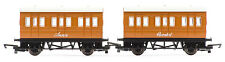 Hornby R9293 Thomas and Friends: Annie and Clarabel Coach
