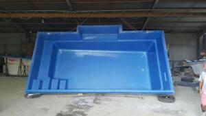 FRANKSPOOLS - Fibreglass Pools / Fibreglass Swimming Pools 6.2 x 3.4 mtr Oasis