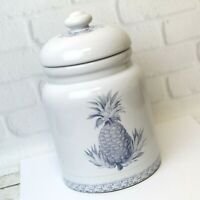 """Colonial Williamsburg Pottery Crock Canister Cookie Jar White Blue Pineapples 9"""""""