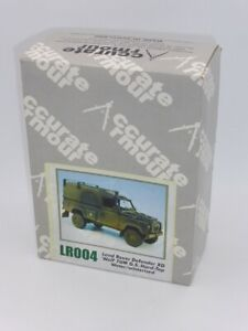 Accurate Armour LR004 Land Rover Defender XD Wolf TUM GS Hard-Top 1:35 Resin Kit