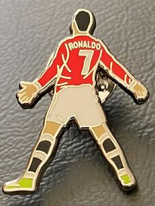 RONALDO GOAL CELEBRATION MAN UTD FOOTBALL ENAMEL PIN BADGE - VIVA RONALDO SIUUU