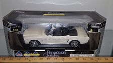 1/18 MOTOR MAX AMERICAN CLASSICS 1964 1/2 FORD MUSTANG CONVERTIBLE OFF WHITE bd