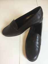 Brooks Brothers Classic Brown Slip On Leather Penny Loafers Womens Size 7AA $248