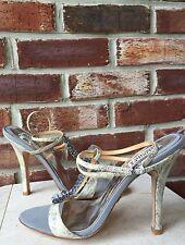 BADGLEY MISCHKA Gray Ruffled Snake Skin Ankle Wrap Open Toe Sandals Heels 9.5 *