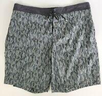 JOHN VARVATOS 2XL Made in Italy 38 Waist Men's Camo Black Swimsuit Trunks $128