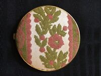 Vintage Makeup COMPACT 60's Fashion - excellent Colors And Fabric