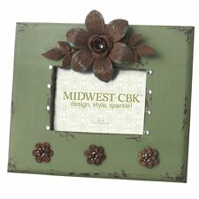 Midwest-CBK 648995 5-Inch by 7-Inch Frame with Metal Flower, Green