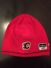 Calgary Flames NEW reversible winter mens Hat .  Hoodie Toque Jersey NHL Red