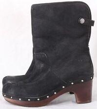 Ugg Australia 3207 Lynnea Suede Sheepskin Wood Clog Studded Boots Women's U.S. 7