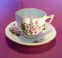 Royal Windsor Pedestal Tea Cup And Saucer - Light Purple Violets - England