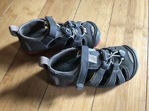 KEEN TODDLER HIKING/WATER SANDALS SZ 10 ~ GRAY/PINK
