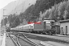 PHOTO  SWITZERLAND LOCO NO 11153 AT WASSEN RAILWAY STATION   20TH OCT 1973 IN 20